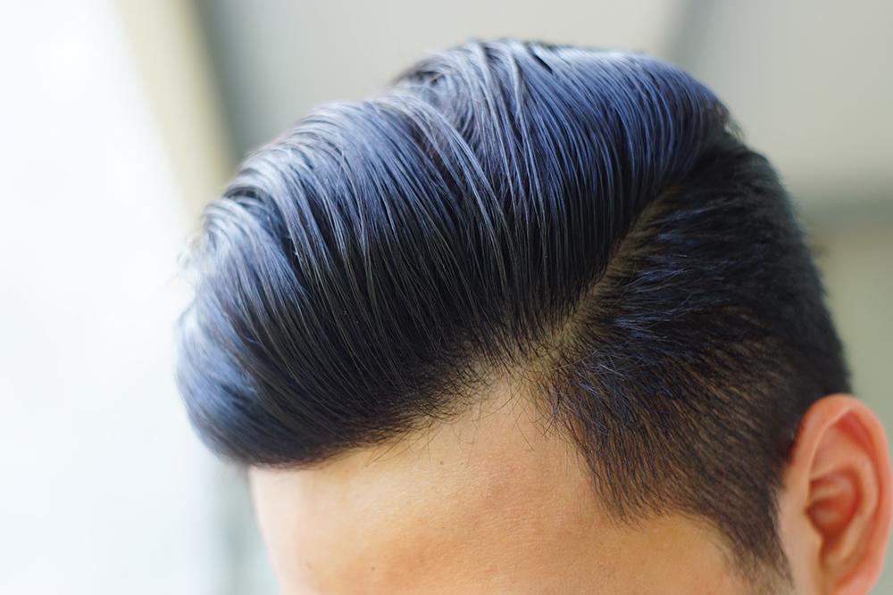 Các sợi tóc cho sự kết dính tốt hơn so với khi vừa vuốt, mặc dù sau 7h sử dụng